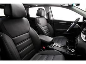 3rd Generation Kia Sorento Europe Spec (Front Seats)
