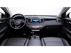 3rd Generation Kia Sorento Europe Spec (Full Dash)