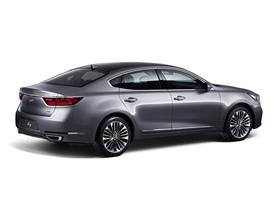 All-New Kia Cadenza (K7) Rear Quarter