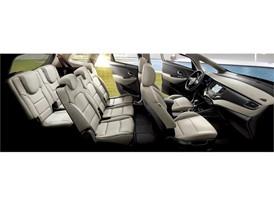 Enhanced 2017 Kia Carens