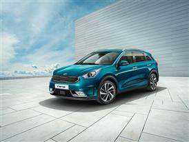 Early sales success for Kia Niro hybrid crossover