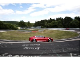 Kia Stinger at Nurburgring 4