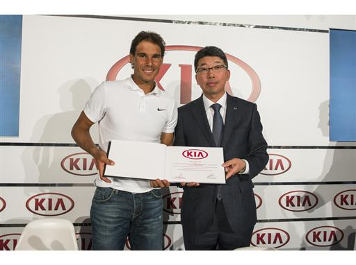 Nadal and Kia Motors Spain President Kyung-Hyun Kim