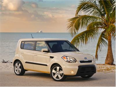 "2010 Kia Soul Recognized on ""Coolest New Cars Under $18,000"" List by Kelly Blue Book's KBB.com"