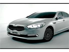 Kia Quoris Exterior and Interior Footage