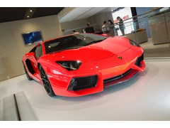 News for the Lamborghini Aventador LP 700-4: More efficiency with Cylinder Deactivation and Innovative Start/Stop System