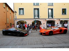 Automobili Lamborghini inaugura la mostra fotografica dedicata al Grande Giro Lamborghini 50° Anniversario