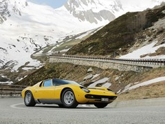 "The Lamborghini Miura celebrates its 50th anniversary on the roads of ""The Italian Job"""