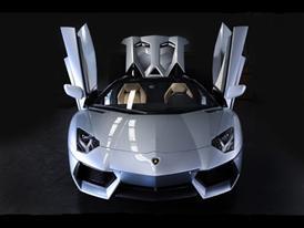 New Lamborghini Aventador LP 700-4 Roadster 8