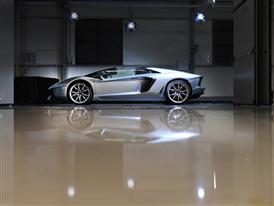 New Lamborghini Aventador LP 700-4 Roadster 10