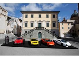 Lamborghini in esposizione a Pietrasanta