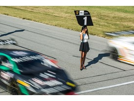 Lamborghini Super Trofeos pass grid girl ahead of race 2