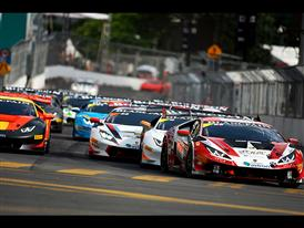 Huge Spectator Turnout For Lamborghini as First Ever Kuala Lumpur City Grand Prix Gets Under Way 5