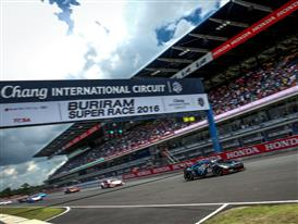 Fighting Bulls In Buriram Race For Packed Stands At The Third Stop Of The Lamborghini Blancpain Super Trofeo 2016