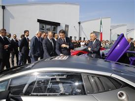 Automobili Lamborghini Management Board and M. Renzi