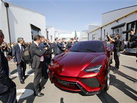M. Renzi with the Lamborghini SUV