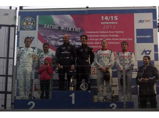 Barri/Sanna on the top step of the podium following race 2