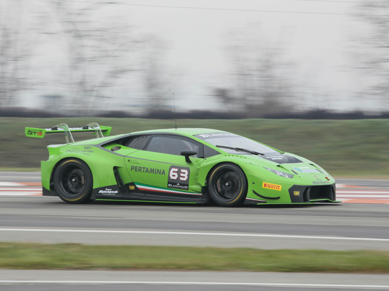 The Lamborghini Huracán GT3 debuts in the Blancpain Endurance Series test in Paul Ricard