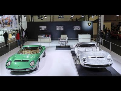 Lamborghini PoloStorico at Techno Classica 2016: restorations celebrate Miura 50th anniversary