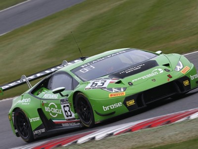 Perfect Weekend for Lamborghini Domain at Brands Hatch in the Blancpain GT Sprint Cup