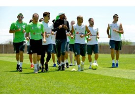 Team Algeria at the Africa Cup of Nations 2013_06