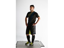 Agüero behind the scenes at PUMA evoSPEED 1.2 FG photo shoot
