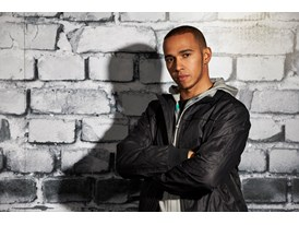 Lewis Hamilton Wears the SS13 PUMA MERCEDES AMG PETRONAS Lifestyle Collection - Image 007