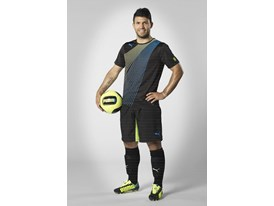 Sergio Agüero wears the new PUMA evoSPEED 1.2 FG