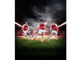PUMA Launches the 2015-16 Arsenal Home Kit Rosicky Cazorla Giroud 1
