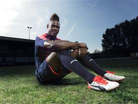 Mario Balotelli wears the new PUMA evoPOWER 1.2 Football Boot 7