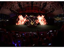 PUMA launch the new Arsenal Away Kit through a spectacular projection show 3