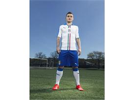 FIGC & PUMA Launch The New Italy Away Kit_Verratti