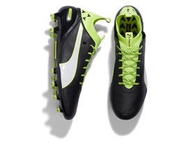 PUMA launches the new evoTOUCH boot_on White_6