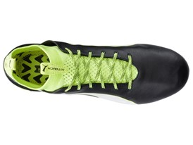 PUMA launches the new evoTOUCH boot_on White_8_1