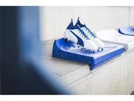 PUMA UNVEILS LATEST evoTOUCH IN STRIKING NEW COLOURWAY_Environment_6