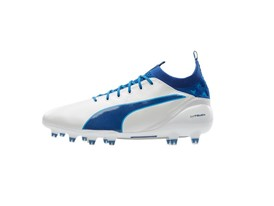 PUMA UNVEILS LATEST evoTOUCH IN STRIKING NEW COLOURWAY_Environment_Product Shot_3