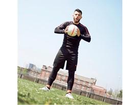 17AW_ DIGITAL_TS_Football_PUMA-ONE_Q3 _ Agüero _4