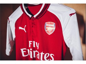 17AW_Social_TS_Football_Arsenal_Home-Kit_7