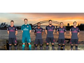17AW_PR_TS_Football_Arsenal_StepOut-Sydney_1