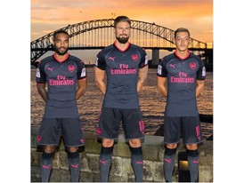 17AW_PR_TS_Football_Arsenal_StepOut-Sydney_3