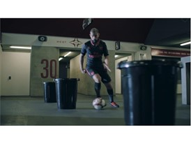 17AW_PR_TS_Football_STEP_OUT_Arsenal_Video-Screengrab_5