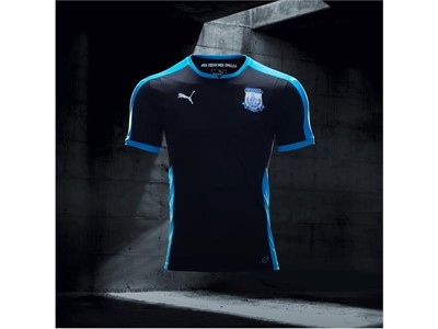 17AW_Social_IG_TS_PUMAFootball_Step-Out_xShirt-Only-Apollon-Limassol