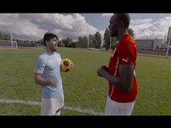 Usain Bolt Speeds Up Sergio Agüero For Manchester Derby