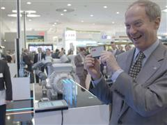 "US ambassador to Germany praises ""fantastic"" ABB smart sensor"