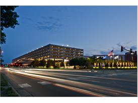 Mall of America Renovates Parking Garages with Acuity Brands Energy-Saving Outdoor LED Lighting Solutions