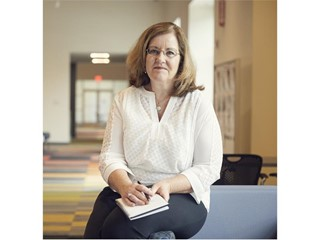 Cheryl English with Acuity Brands Selected as a 2018 STEP Ahead Honoree by The Manufacturing Institute