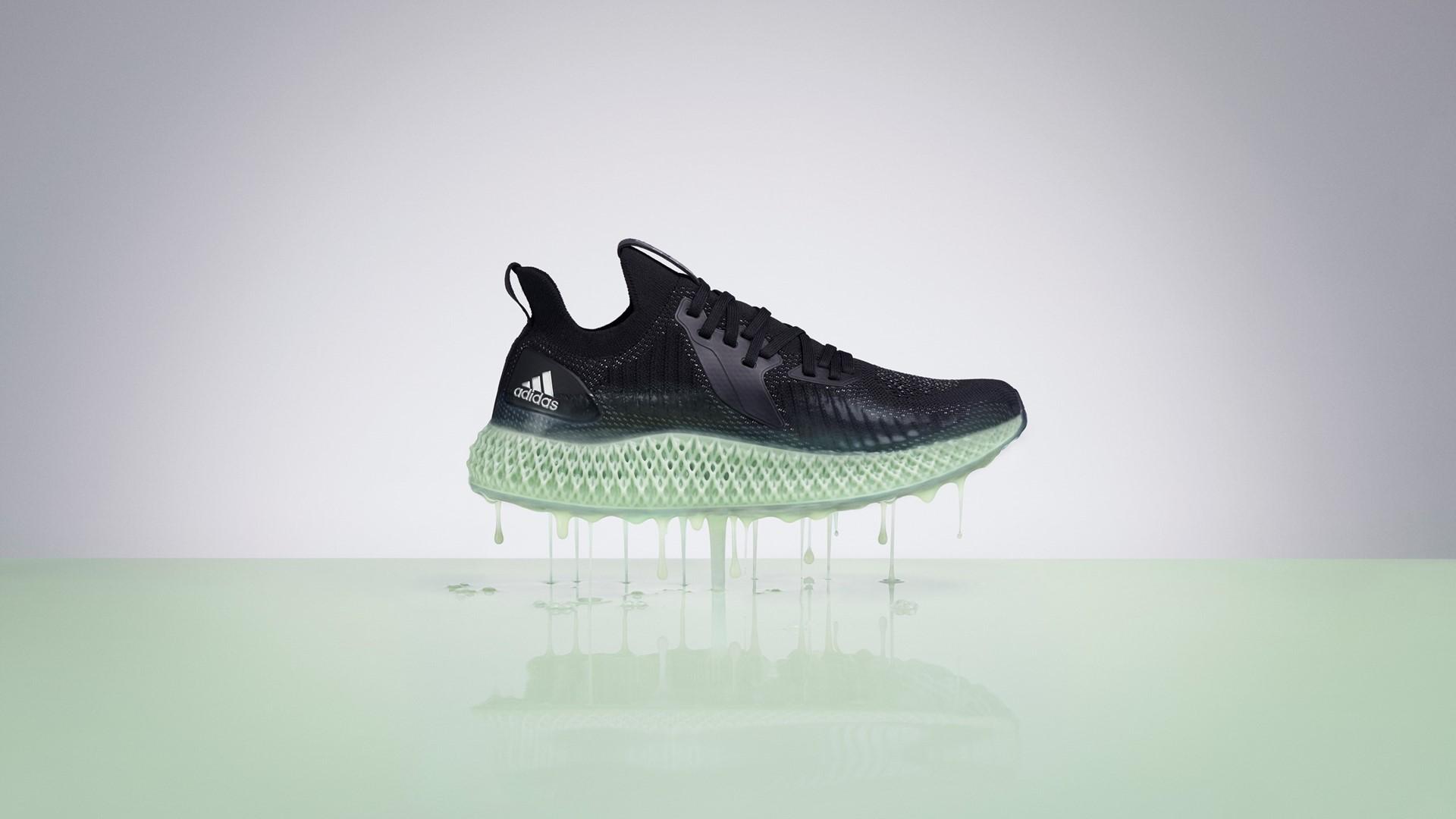reflective ALPHAEDGE 4D running shoe