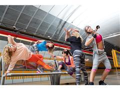 Znajdź swój własny styl z nową kolekcją adidas Women Dance!