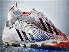 adidas lansează un nou model de ghete pentru a celebra recordul lui Leo Messi - 371 de goluri