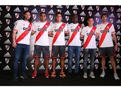 adidas presentó el nuevo diseño de la camiseta de River Plate